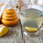 Домашна рецепта за кашлица и пневмония: действа по-бързо от всеки сироп за кашлица