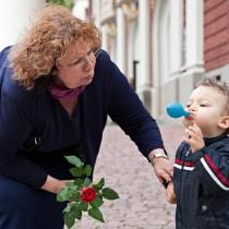 Как може да се чувства жената, когато собственият ѝ син заявява, че е лоша баба и майка