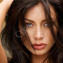 4 типажа жени, които привличат като магнит мъжете