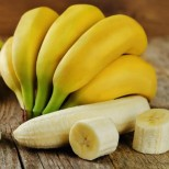Кашкавал за закуска, ябълка преди сън, банан сутрин, орехи малко преди вечеря- кое кога да хапвам, за да не ми се лепи, където не трябва