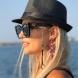 Бояна Шарлопова нагорещи страстите със снимки с оскъдно облекло и морски звезди