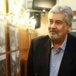 Юлиан Вергов-Стефан Данаилов плати сметката ни в заведение на собственото си погребение