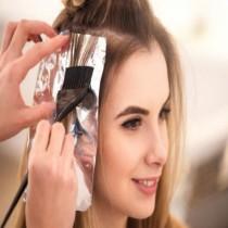 Пет грешки, които правите след боядисване на косата! Особено първата гарантирано ви се случва!