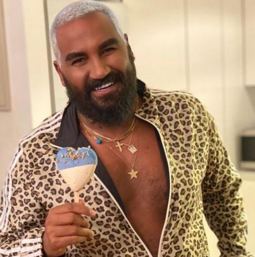 Азис обръсна рунтавата брада и заприлича на момченце - смъкнал е едно 10 години! (Снимки):