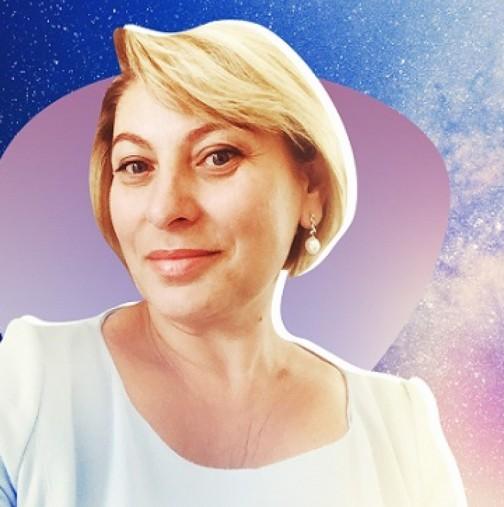 Хороскоп за март 2021 г. от Анджела Пърл-Водолеите могат да разчитат на късмет през март, Стрелец-Щастие в любовта и финансите