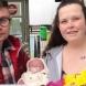 Жена роди на паркинг, без да знае, че е бременна