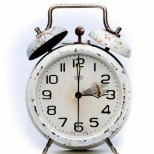 Отново местим стрелките на часовника