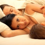 Редно ли е децата да спят заедно с родителите в едно легло
