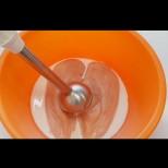 Разбиваш пилешкото с малко прясно мляко и става голямата вкусотия! Всички ахкат и охкат от кеф! (Видео):