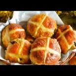 Английски великденски кифлички - божествена мекота и сладост с всяка хапчица: