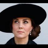 Черното ѝ отива: Кейт Мидълтън убийствено елегантна дори по време на траур (Снимки):