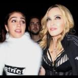 Дъщерята на Мадона по-скандална и от майка си! Лурдес разбуни духовете с тези откровени снимки (Снимки):