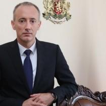 Образователният министър заяви, ще има ли нови дати за матурите и ще отпада ли материал