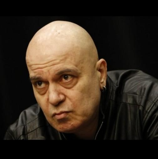 Слави Трифонов е с COVID-19 - ето състоянието му: