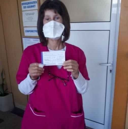 Съпругът на починалата след 2 дози Пфайзер медицинска сестра: Върнаха мъртвата ми съпруга без златните ѝ обеци!