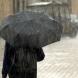 Студен фронт с дъжд и гръмотевици нахлуват над България до часове