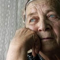 Защо една дъщеря не поиска при себе си майка си, когато жената остаря
