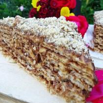 Тази вафлена торта надмина бисквитената даже по бързина, лекота и вкус