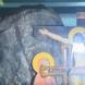 Чудотворен камък в околностите на София кара вярващите да се стичат на тълпи-Видео