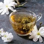 Ето защо всички жени започнаха да сушат тези цветя и да правят чай от него