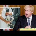Борис Джонсън вдигна тайна сватба с 23-години по-младата си жена. Вижте красивата му булка (Снимки):