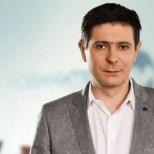 Неочаквани смени в Нова-Ето новата партньорка на Виктор Николаев