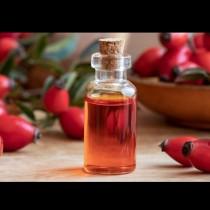 Маслото от ТОЗИ плод е Светият Граал за кожата! Дълбоко хидратира, намалява възпалението и предотвратява стареенето: