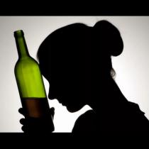 9 сигнала, че имаш проблем с чашката и спешно ти трябва помощ: