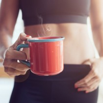 Една лъжичка в кафето и за две седмици сте готови за плажа! Хем полезно, хем взривява метаболизма!