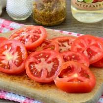 Направя ли си така доматките друго не ми трябва на масата