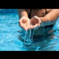 Ето как за секунди да разберете дали водата в басейна е чиста: