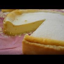 Чийзкейк без брашно и крема сирене - идеалният летен десерт! Лек, въздушен и разхлаждащ:
