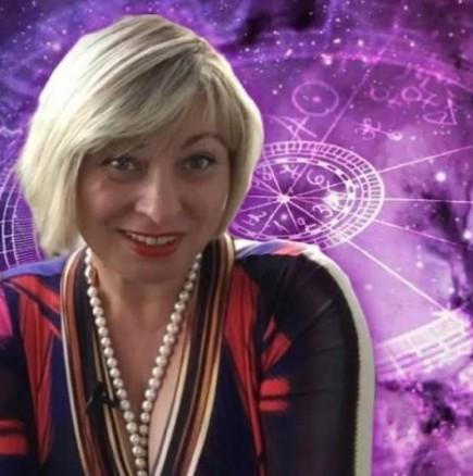 Астроложката Анжела Пърл нарече АВГУСТ 2021 г. - месецът на Златния късмет за три знака на зодиака