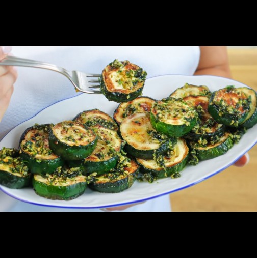 ИСПАНСКИ тиквички с чесън и билки - новият ми хит за лятото! Адски вкусни и супер лесни:
