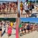 Хоро се изви на плажа на български курорт-Видео