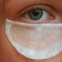 Домашни пластири за премахване на бръчките, жените свалиха по 10 години с тях