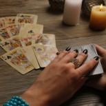 Седмична Таро прогноза от 13 до 19 септември-Близнаци-Придобиване на щастие, Слънце носи безусловна победа за Рак