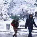 Синоптиците със смразяваща прогноза-И сняг ще вали днес