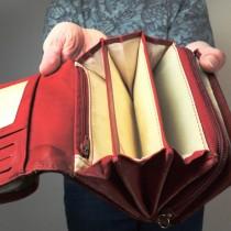 НЕ трябва да ги носите в портмонето си: 5 неща, които мощно отблъскват парите и късмета от нас!