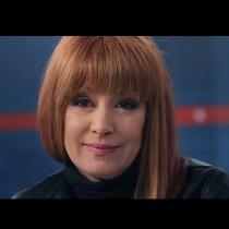 Радина Червенова направо грее с новата прическа! Вижте как се подмлади (Снимки):