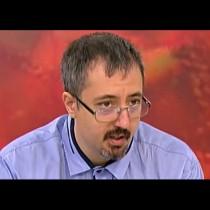 Математикът Лъчезар Томов с черен сценарий: Хората ще умират по стълбите, а линейките няма да смогват!