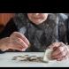 ВАЖНО за ПАРИТЕ на пенсионерите: Кога и с колко им скачат парите, сметки и срокове