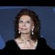 90-годишната София Лорен зашемети с визия на червения килим! Вижте я само (Снимки):
