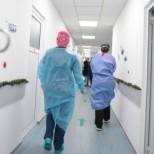 Лекари предлагат-Неваксинираните и постъпили в болница с коронавирус да заплащат лечението си