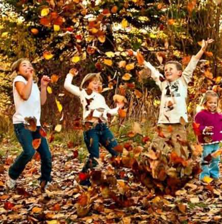 Хороскоп за утре 25 октомври-РИБИ Пари, КОЗИРОГ Усет за успех, ВЕЗНИ Късметът е с вас