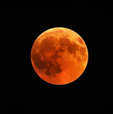 КЪРВАВА Луна на 20 октомври преобръща Съдбата на три зодиакални знака!
