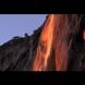 Невероятно: От този водопад тече огън! (Видео)