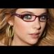 9 грешки в грима, които не трябва да допускате, ако носите очила