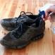 Махнете миризмата от обувките с оцет, ракия или кислородна вода