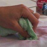 Как да почистим петна по дрехите